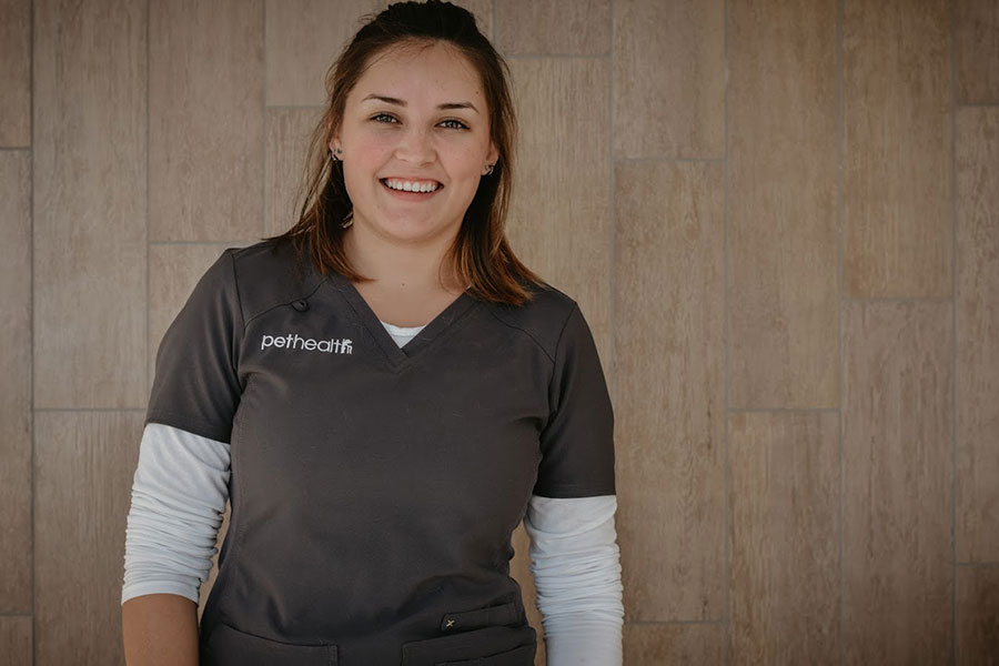 Caitlin Arredondo-OMalley, Veterinary Assistant