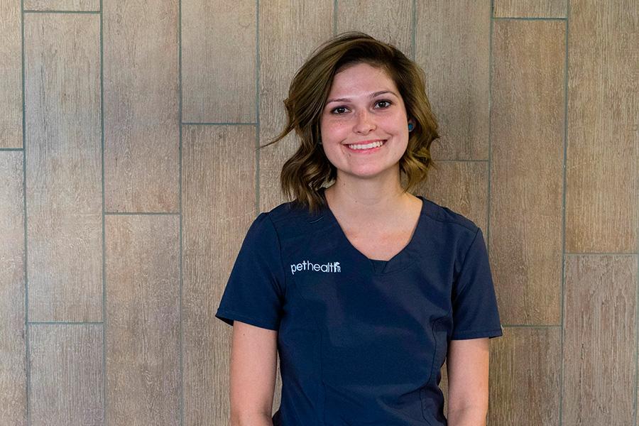 Savannah Kuykendall, Veterinary Technician